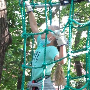 9-jährige im Kletterwald
